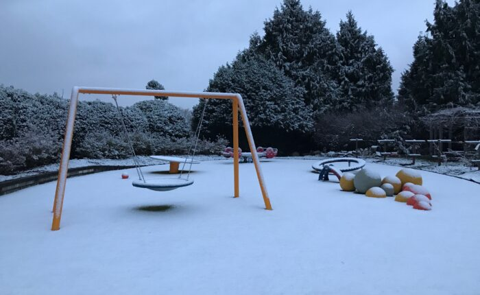 Snowy day at the PlayGarden